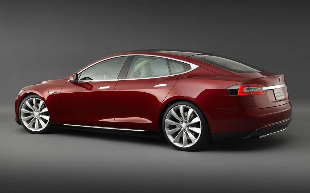 2013-Tesla-Model-S_Sedan-Image-015-1680