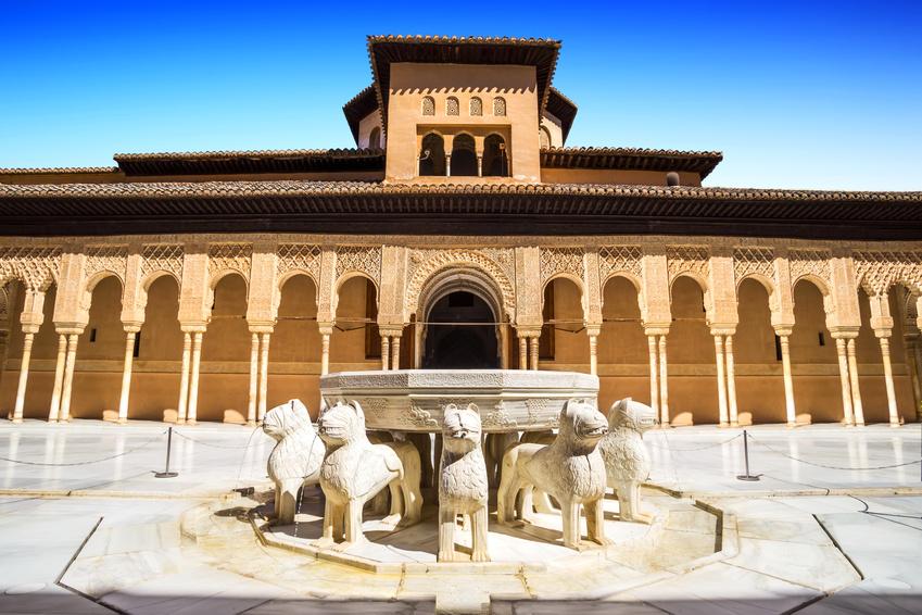 Alhambra-Löwenhof-Brunnen