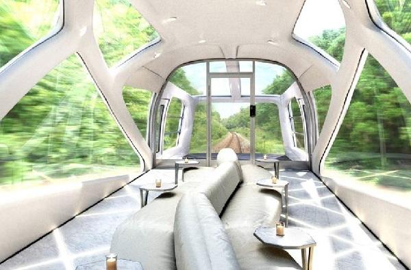 Okuyama Cruise Train-Deck