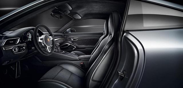 Porsche 911 GTS (6)