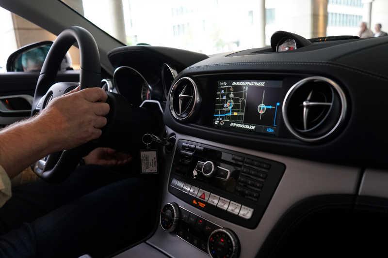 sixt luxury cars (34) Mercedes-Benz SL400