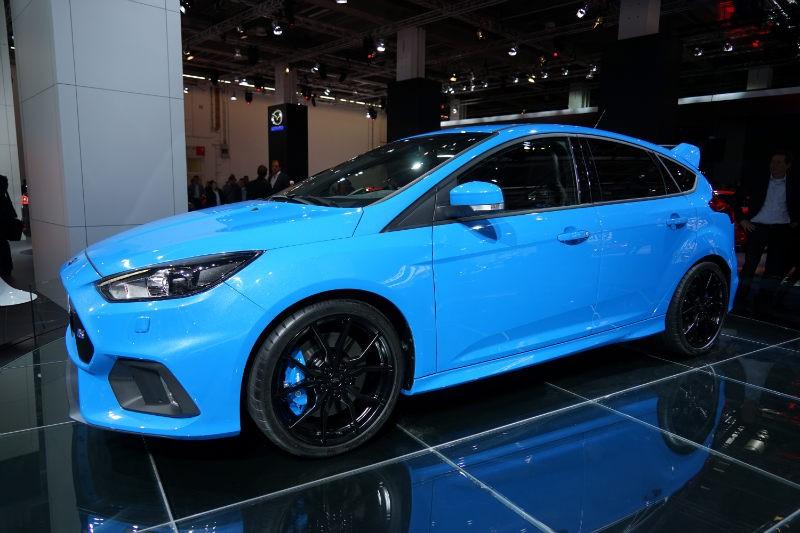 Ford-Focus-RS-2016-vorne-seitlich