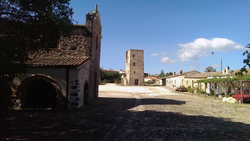 Sardinien-alte-kirchen-js