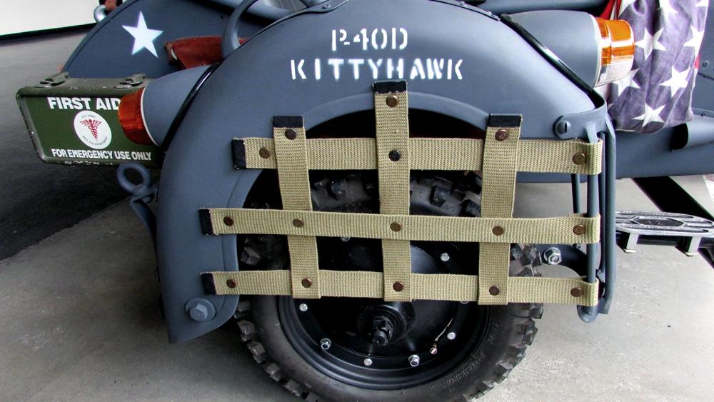 P-40D-Kittyhawk-2