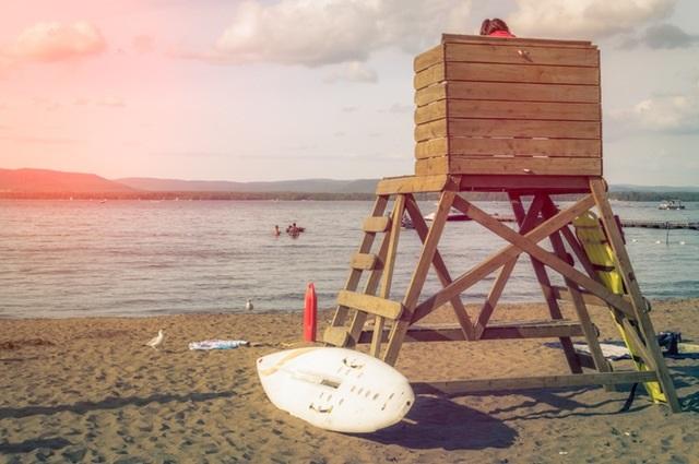 FITUR 2017: playa y tabla de surf