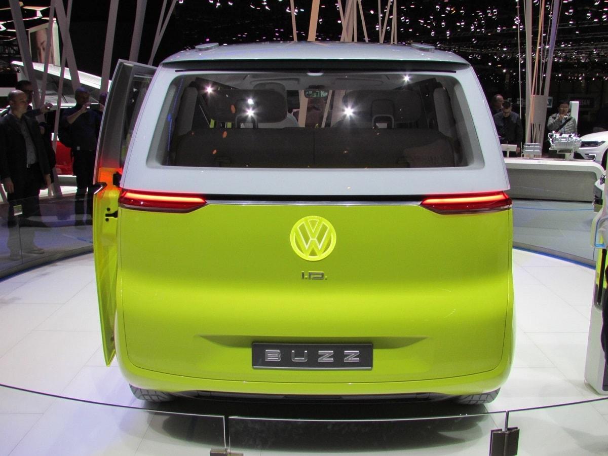autosalon-volkswagen-id-buzz-1