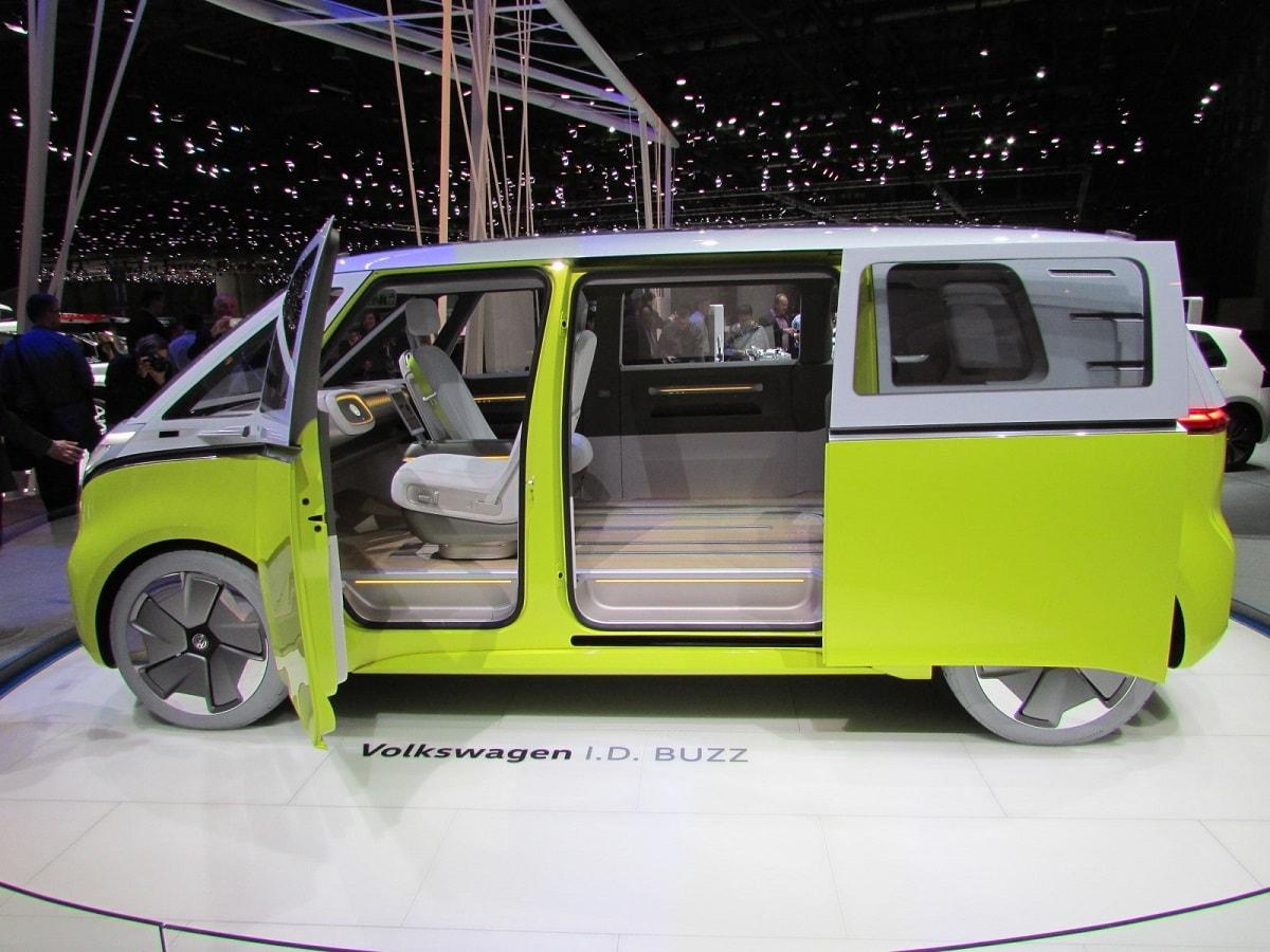 autosalon-volkswagen-id-buzz-2