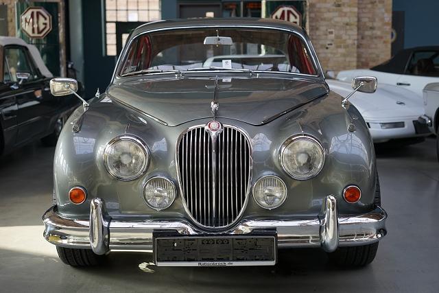 Classic Remise Berlin Jaguar