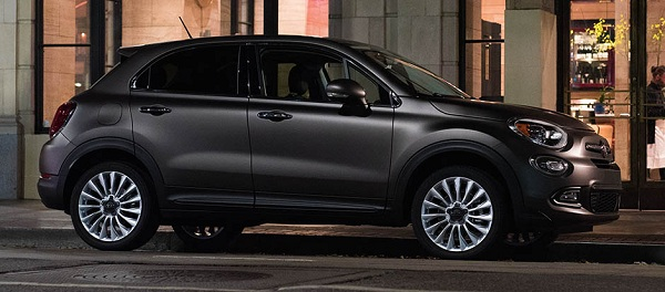 fiat 500x crossover suv im verspielten fiat design. Black Bedroom Furniture Sets. Home Design Ideas