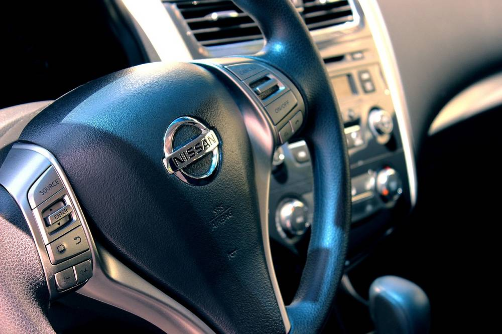 Lenkrad Nissan